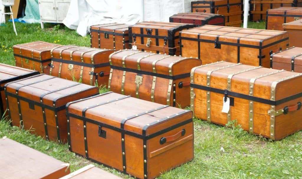 Steamer Trunk - Iconic Antique Luggage
