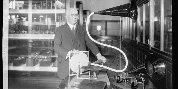 19th Century Scientists: Ancestors of Smartphone Functions