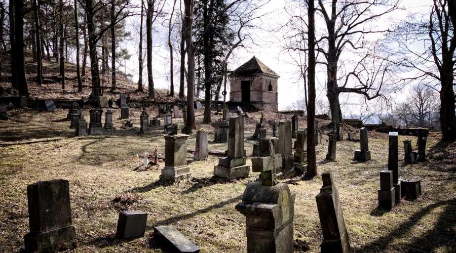 Oldest Graveyards
